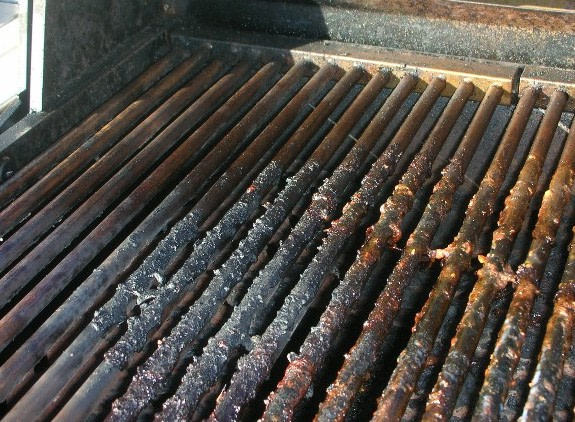 The Best Way to Clean Rusty Grills
